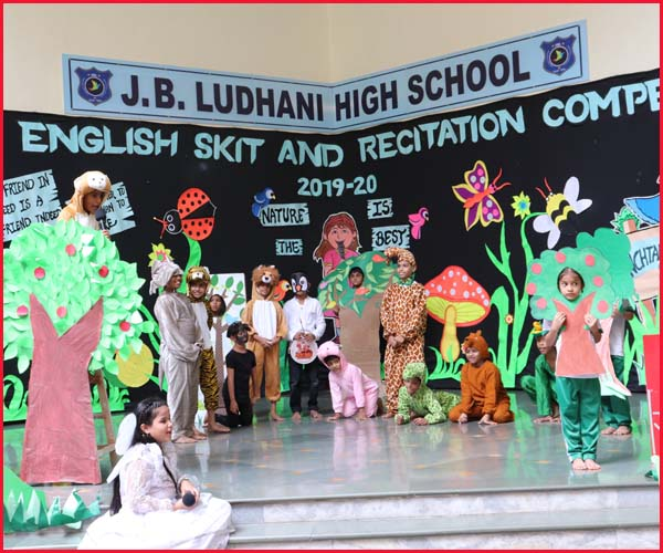 ENGLISH SKIT COMPETITION -GREEN  HOUSE