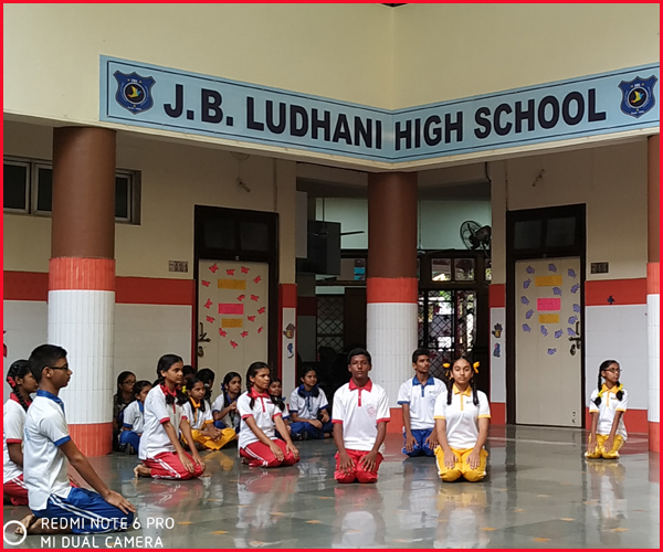 INTERNATIONAL YOGA DAY WAS CONDUCTED AT J B LUDHANI HIGH SCHOOL BY THE STUDENT LED BY PT INSTRUCTOR MR. STEPHEN DABRE.