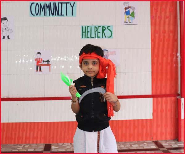 COMMUNITY HELPER'S